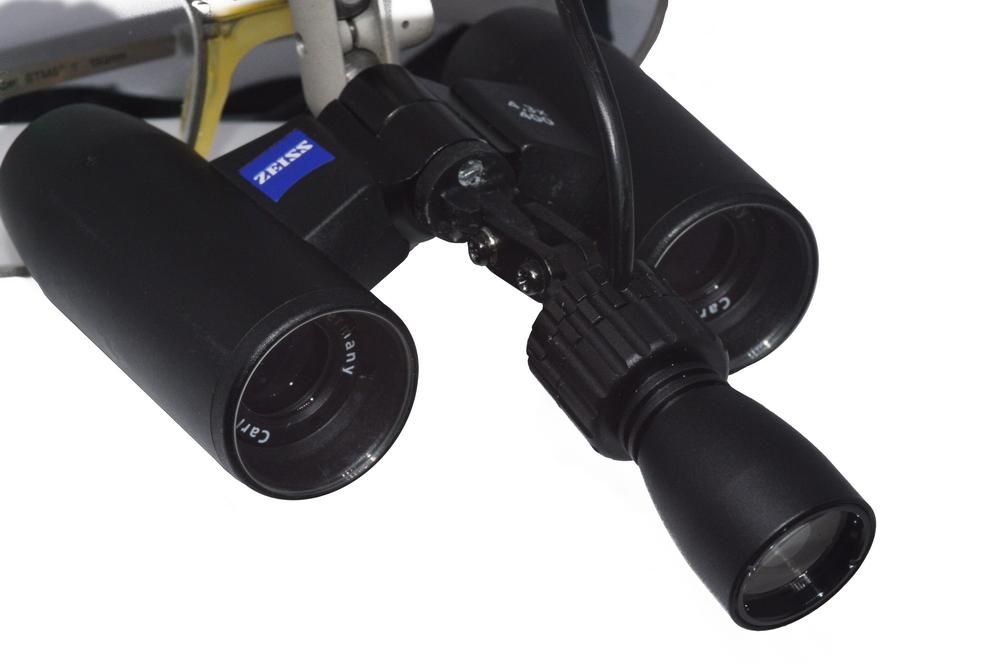 Eigene Zeiss-Lupenbrille mit PowerLight spot SLA-ZS